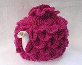 Teapot Cozy Tea pot cozy, tea accessories wool cozy Crocodile stitch  - small raspberry pink wool