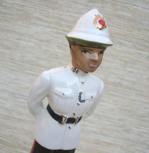 Nassau Uniformed Policeman Vintage Figurine Collectible Souvenir