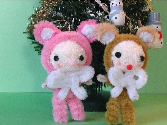 Kitschy Cute Teddy Bear Dollie Ornament Decoration
