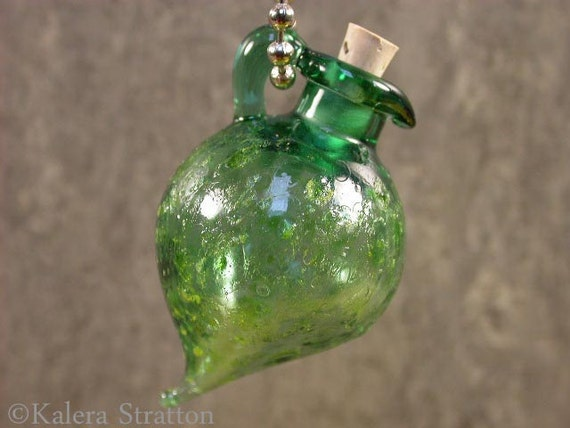 Green Luster Lampwork Vessel Aromatherapy Bottle - GREEN GODDESS - Beadwife SRA