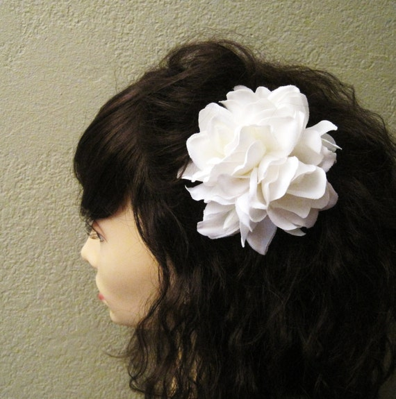 White Gardenia Fascinator