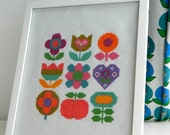 Original Retro Cross Stitch Pattern by alice apple - Floral Rainbow Mix PDF