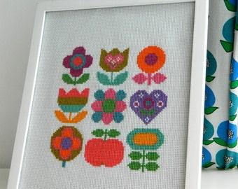 Original Retro Cross Stitch Pattern by alice apple - Floral Rainbow Mix PDF