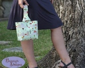 the Lizzie Bag Kit includes 2 FAT QUARTERS of Japanese Imported Fabric  - Purse Pattern