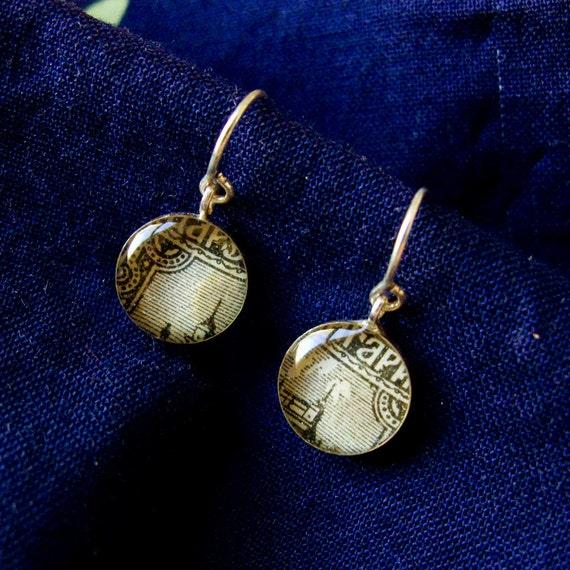 Bulgarian Drop Earrings - Gray