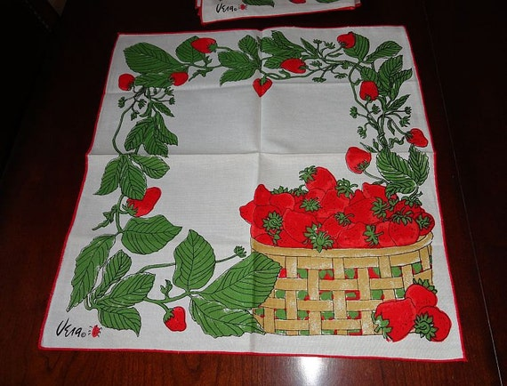 NOS Set of 4 vintage 60s Vera Neumann Strawberry Basket Linen Napkins