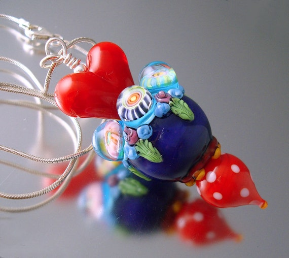 RESERVED Loribeads -Queen of Hearts Special Edition Pendant- lampwork beads