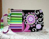 Wristlet Zipper Gadget Pouch Purse in Boho Blossom