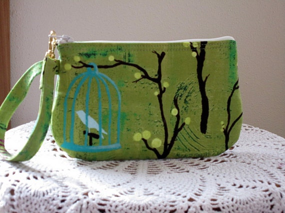 Wristlet Zipper Clutch Gadget Pouch Purse in Hanging Cages