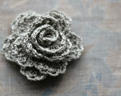 Crochet Linen Rose Brooch - natural linen