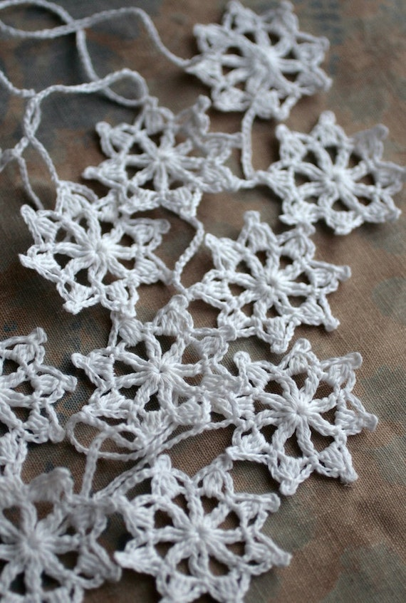 Crochet Garland - Wall Hanging - Small Doily Bunting -- Snowflake garland - Snow White