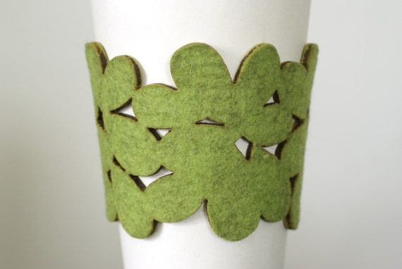 cozy\/cuff - reusable cup sleeve and bracelet in light green wool felt - FREE SHIPPING