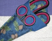 Fabric holder for scissors, pine cone patterned case