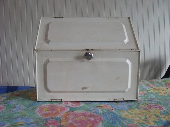Vintage Tin Pie Safe or large Bread Box 1930s