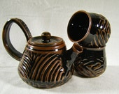 Carved Teapot with Two Tea bowls - Tenmoku