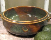 Stoneware Baking Dish With Handles in Woodland Green