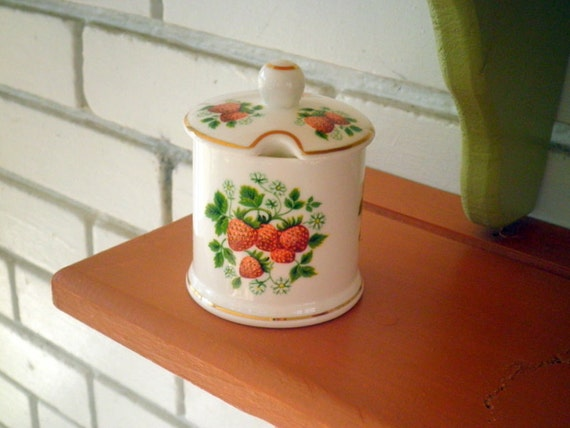 Vintage Wild Strawberry Pattern Ceramic Sugar Bowl by Fortnum & Mason, London England