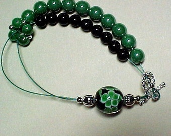 Shamrock Lampwork Bracelet for Knitting and Crochet - Black Onyx Abacus Row Counting - Item No. 533