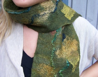 No.21 Felted green wool with silk scarf