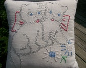 Vintage Quilt Block Baby Pillow 2 Kittens with Bows