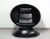 Orbit Lounge Chair Eames era Arrnio era Kartell