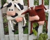 PDF Pattern Cow Bag-Purse to crochet and felt