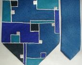 NECKTIE - Blue Squares