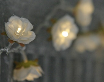 White Shabby Rose Fairy Lights - Pretty Flower Garland