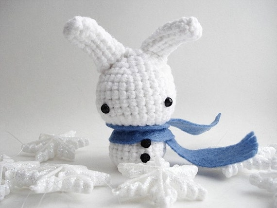 Snow Bun with a Blue Scarf - Amigurumi Bunny Rabbit