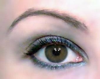 Vegan Hulla Blue Eye Shadow