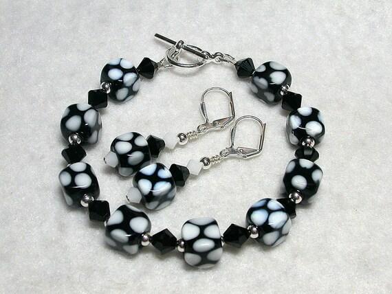Black and White Bracelet Cube Bracelet Black Earrings