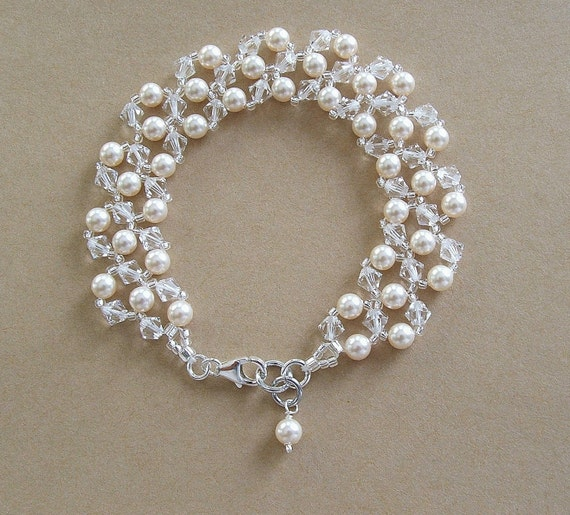 Bridal Bracelet, Light Cream Pearls and Clear Crystal Bracelet, Wedding Jewelry, Choice of White or Cream Pearls