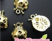 CH-ME-02148 - 14k Gold plated, 3D Lady bug charm, 4 pcs