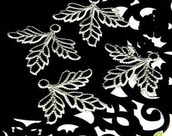 CH-ME-09067 - Nickel Free Silver plated Maple leaf, 12 pcs