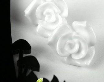 CA-CA-10123- (New and Unique) 3D Rose,White, 2 pcs