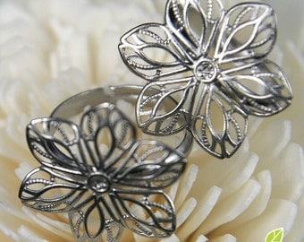 FN-RB-01023- Nickel Free  Silver plated 6-petal flower  filigree ring base, 2 pcs