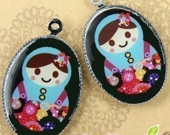 CH-LU-01161 - (New and Exclusive) Matryoshka Doll oval cameo charm, Ms Button  - Special Edition, 2pcs