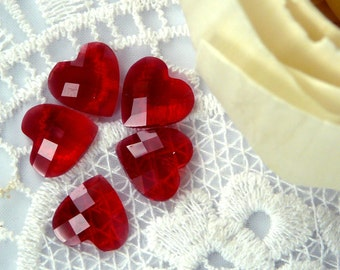 CA-FL-02001 - Faceted heart-shape flatback bead, clear red, 6 pcs