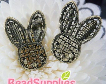 CH-ME-13007 -  Antique brass, Lace rabbit head, 2 pc