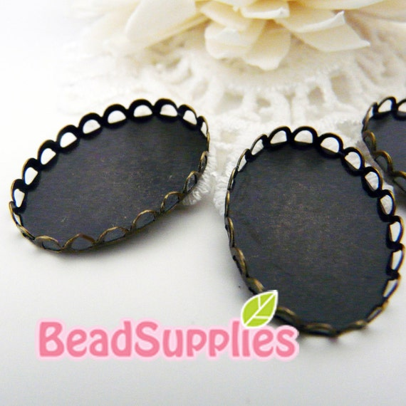 CH-CS-03006-  Nickel free and lead free, antique brass, Lace edged cameo setting , Oval, 6 pcs (for 25mmx18mm cabochon)