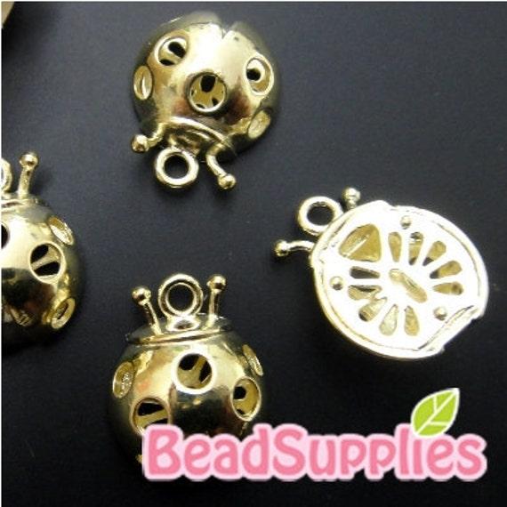 CH-ME-02148 - 14k Gold plated, 3D Lady bug charm, 4 pcs