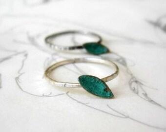 Single Leaf Stack Ring Bright Sterling
