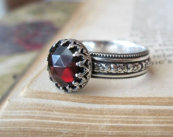 Gothic Ring Medieval Rose Cut Garnet Ring in Sterling Silver Gothic Engagement Ring Red Gemstone Ring Statement Ring Crown Setting Ring