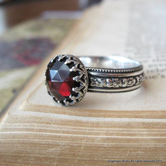 Medieval Rose Cut Garnet Gemstone Ring Sterling Silver