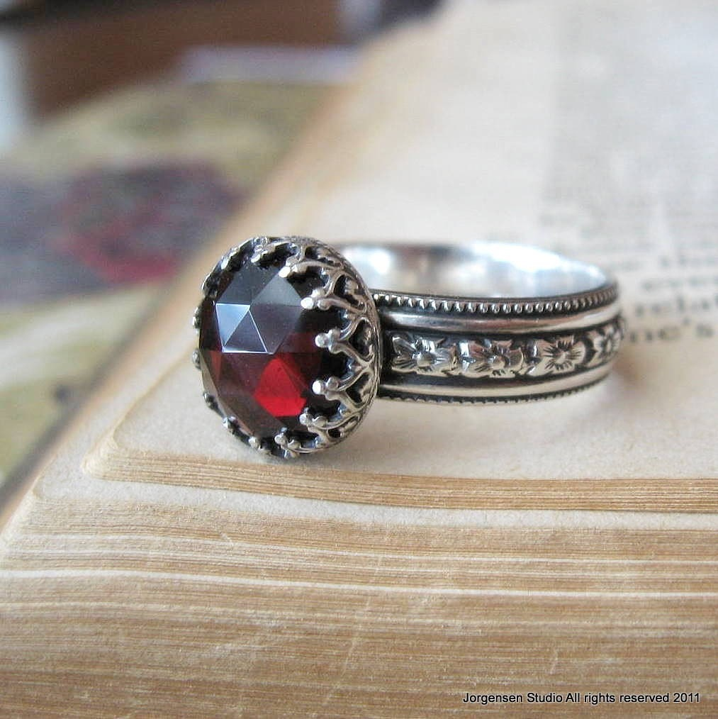 Garnet Bands: Medieval Rose Cut Garnet Gemstone Ring Sterling Silver