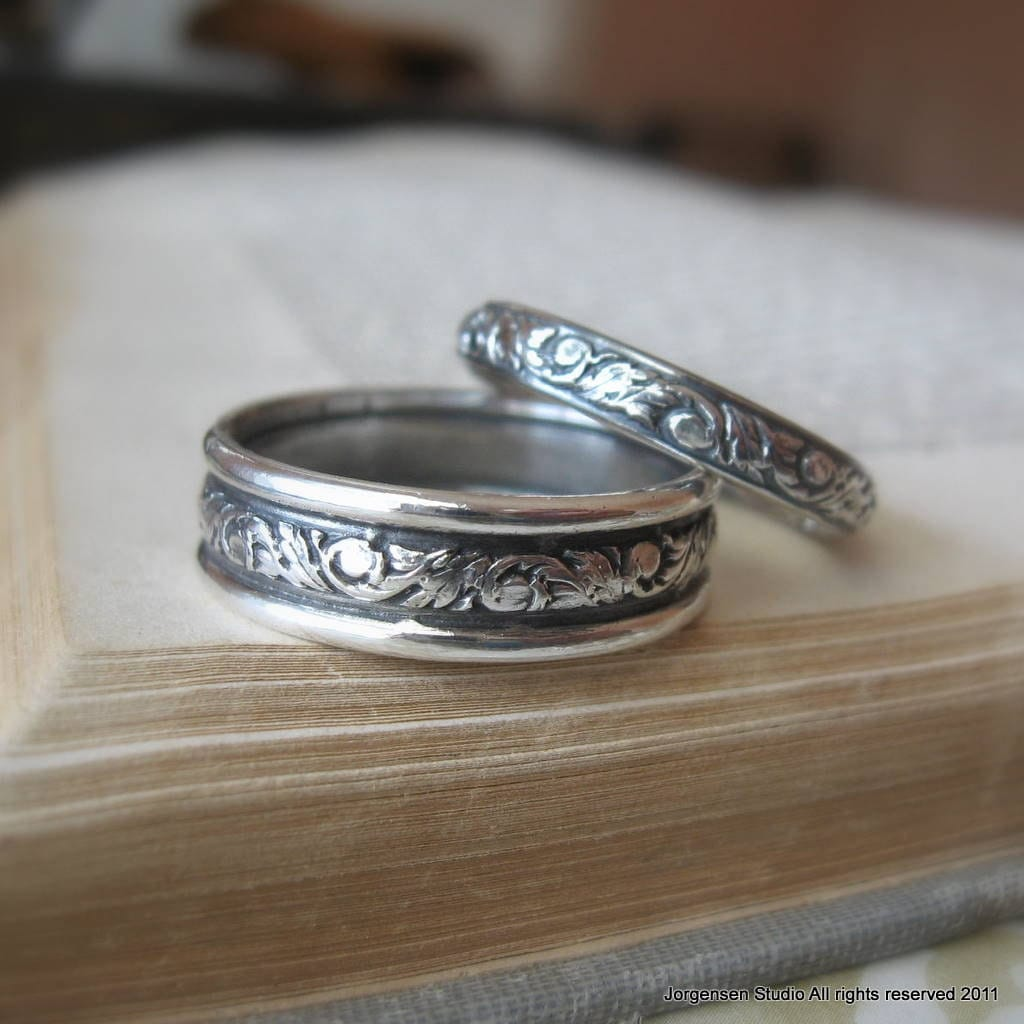 His and hers bands matching acanthus leaf wedding band set in for Wedding rings bands