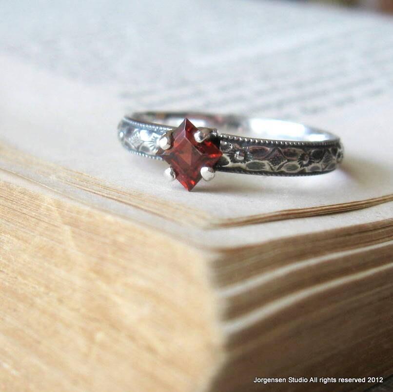 promise ring engagemet ring garnet square cut princess