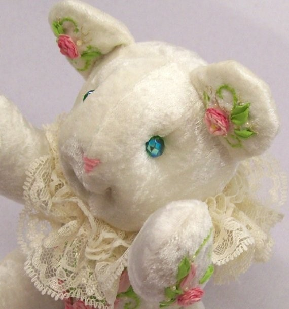 Silk ribbon embroidered teddy bear collectors edition