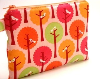 Zippered Wristlet-Birds and Trees on Pink