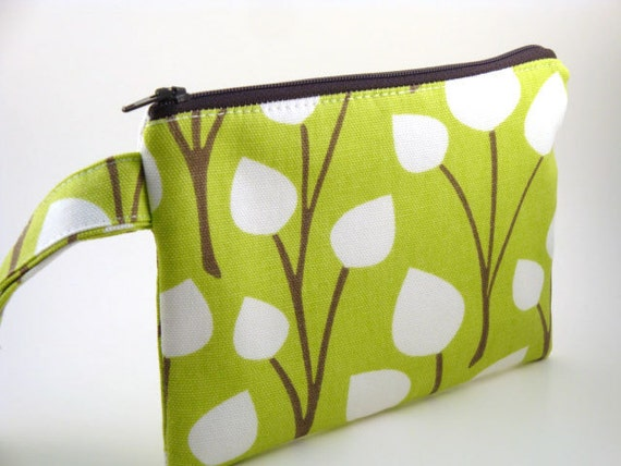 Zippered Wristlet -Chartreuse with Leaves